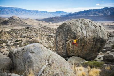 b2015boulder-ass-alex-megos-in-bishop-usa-600x400redbull.jpg