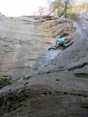 Christian  dans Fairweather Friend 5.10d  / Red River Gorge (The Crossroads)